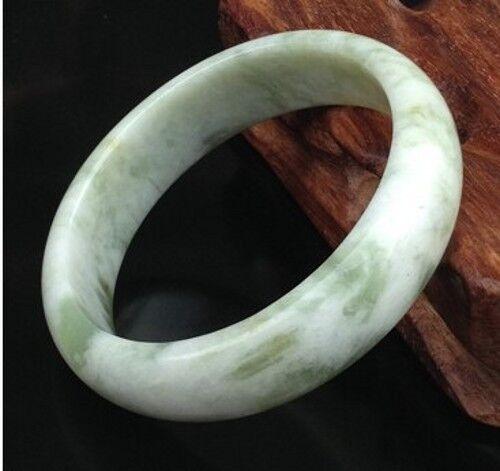 "Naturel Plat Vert clair scintillant Bracelet Jonc Jade 63mm//2.48/"" W Boîte Cadeau"