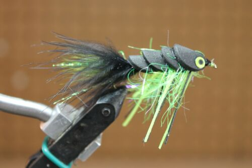 Details about  /BASS FOAM GLIDERS TWO COLORS SIZE 4 HOOK FLIES FLY FISHING