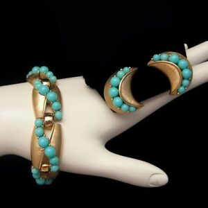 CROWN-TRIFARI-Vintage-Bracelet-Earrings-Set-Faux-Turquoise-Beads-Matte-Goldtone