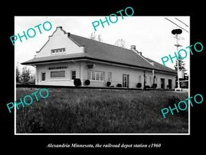 OLD-LARGE-HISTORIC-PHOTO-OF-ALEXANDRIA-MINNESOTA-THE-RAILROAD-STATION-c1960