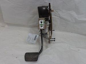 Chevy-Equinox-Brake-Pedal-Assembly-OEM-2005