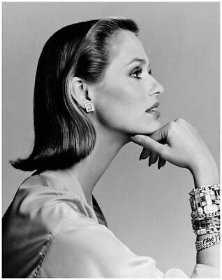 24 x 36 inch G LAUREN HUTTON Poster Old Retro Hollywood Art Photo Poster