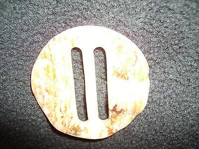 Analytisch 1 Perlmutschnalle, 70er Jahre, Weiß-braun. Ca. 4,3 Cm Durchmesser