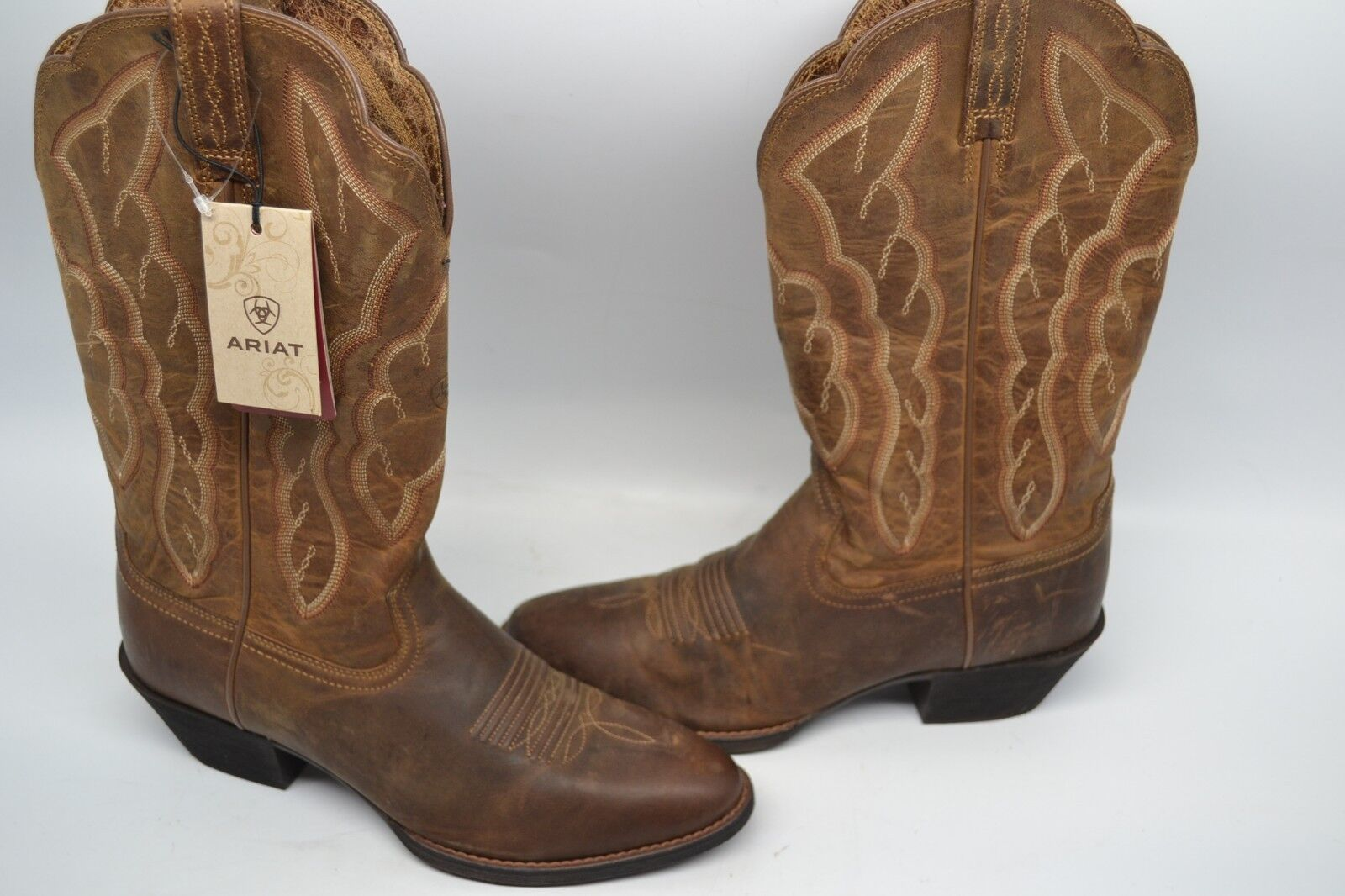 Ariat donna 6.5 B Heritage R Toe Cowboy Western avvio Distressed Marronee 10020289