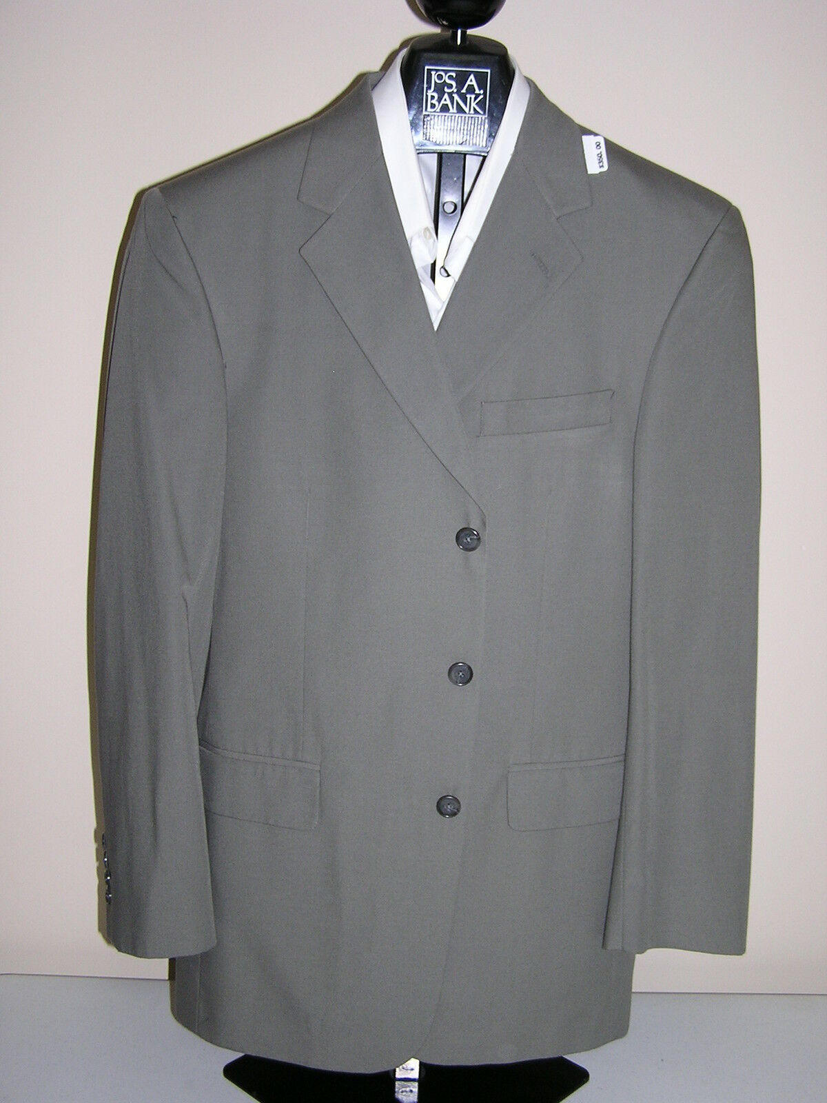 New Jos A Bank natural stretch Poplin 3 button solid olive suit  40 L 34  W