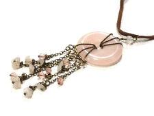 Bijou pierre quartz rose collier donuts avec breloques sur cordon cuir  necklace