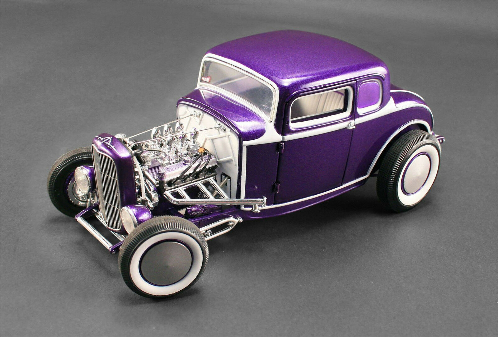 FORD 1932 Violet 1 18 GMP ACME 1805009