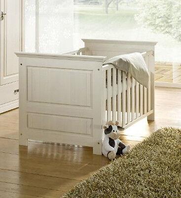 ODETTE Gitterbett Babybett Bett fürs BABYZIMMER Kinderzimmer Kiefer massiv Weiß
