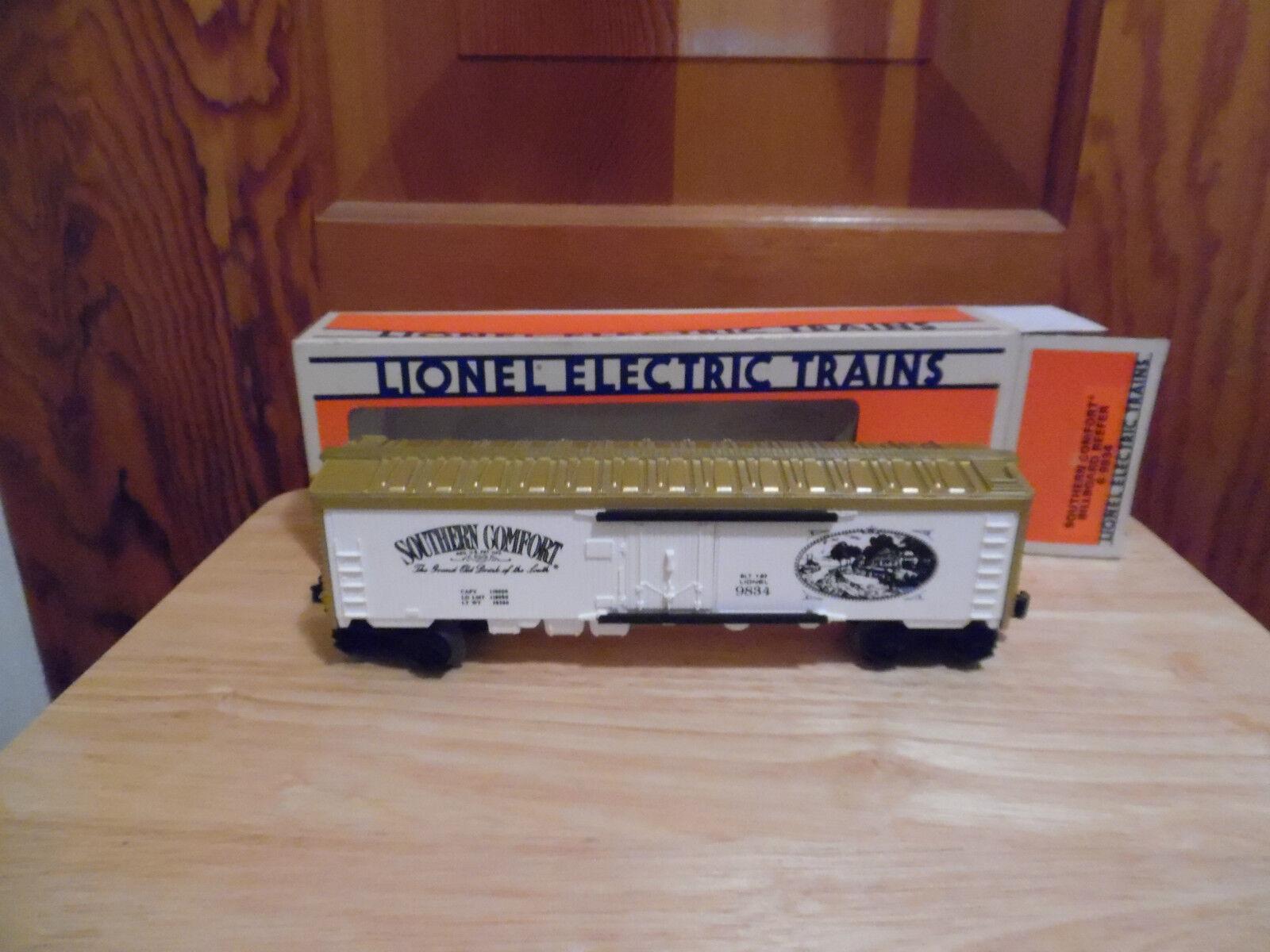 Lionel 6-9834 O and 027 Gauge Southern Comfort Billboard Reefer Car- EUC