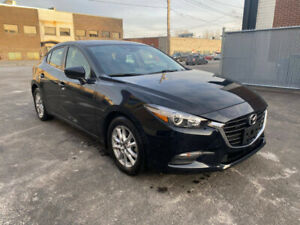 2018 Mazda 3 Sport tt equipee, propre, economique
