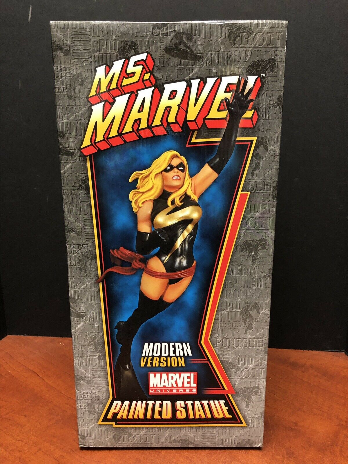 Bowen Designs Marvel Modern Version Ms. Marvel Statue TAMP0252