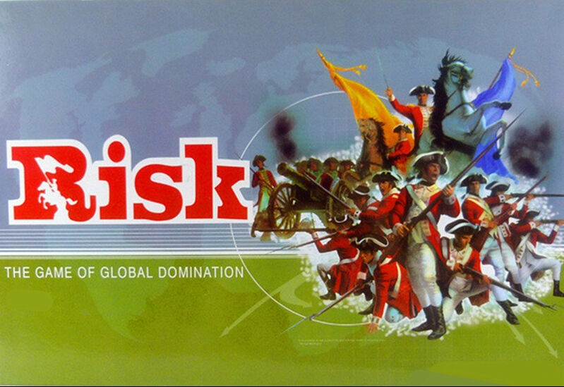 NEW IN BOX RISK   The Game of Global Domination - Family Board Game