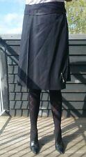 BURBERRY Black Kilt Skirt Wrap Around, Pleated 100% Wool Leather Strap
