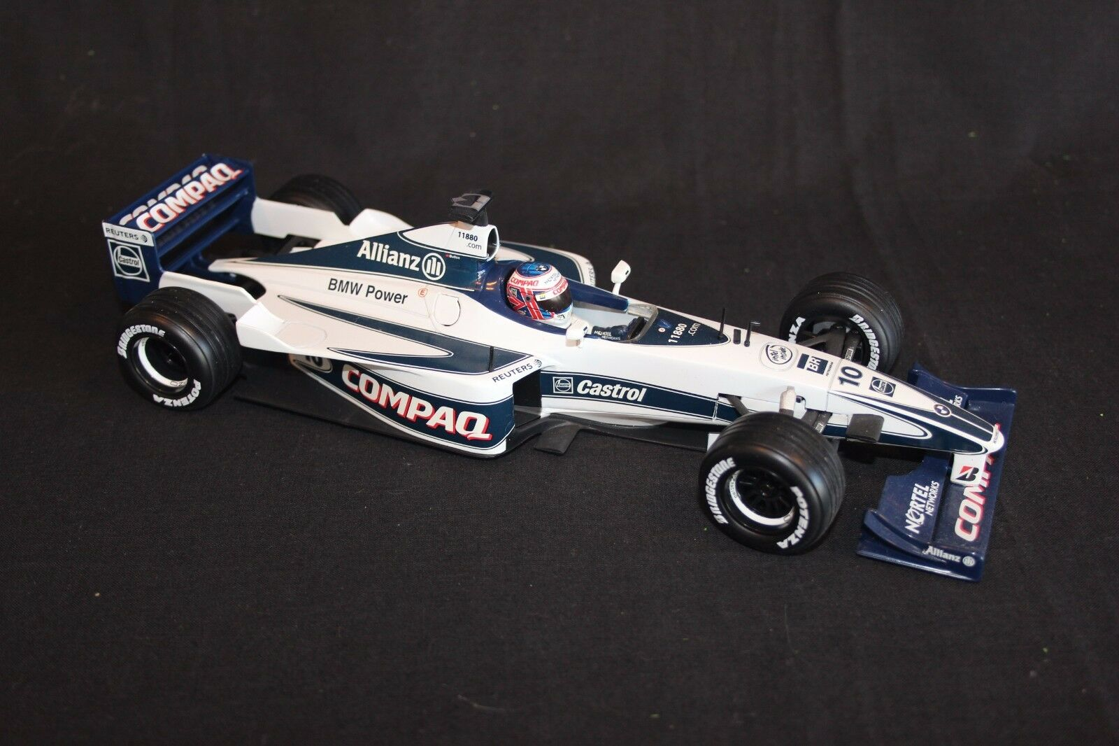 Minichamps Williams FW22 2000 1 18  10 Jenson Button (GBR)