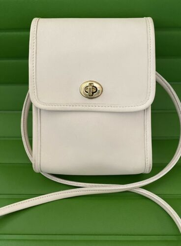 COACH VINTAGE WHITE LEATHER SCOOTER CROSSBODY BAG