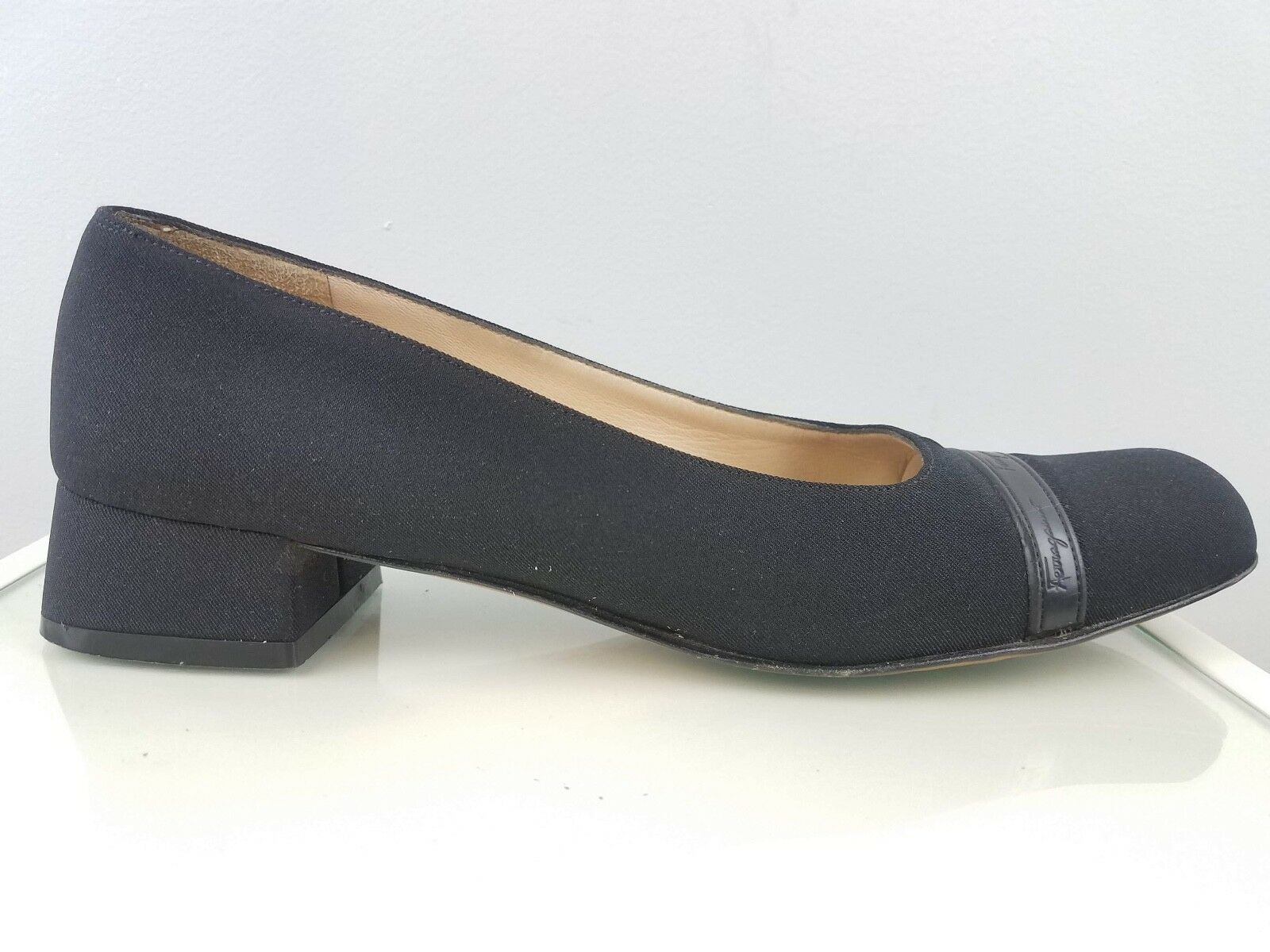 Salvatore Ferragamo Womens Black Fabric Textured CapToe Block Heels  6.5 4N