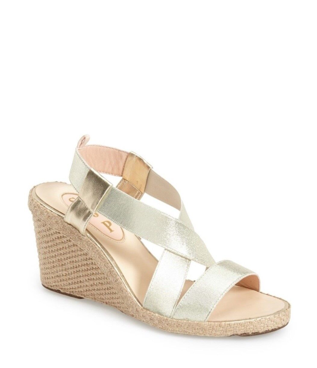 SJP by Sarah Jessica Parker Simone Wedge Sandal Dimensione 9 oro MSRP  245