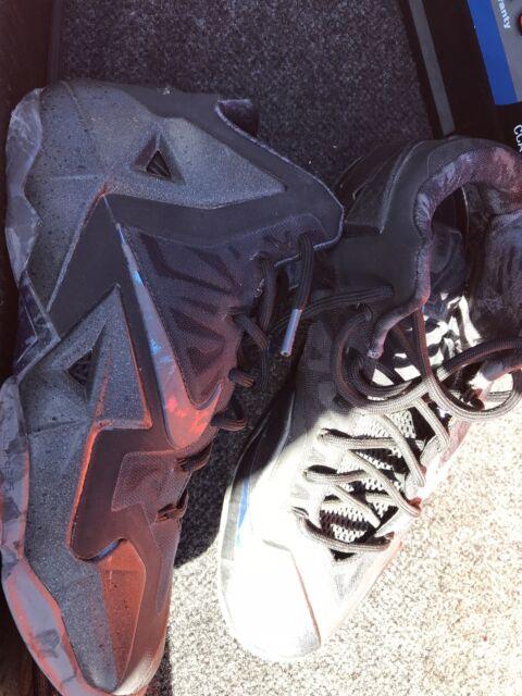Size 9 - Nike LeBron 11 Blackout 2014