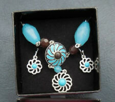 AVON 'SAQ' Silver Turquoise Brown Flower Style Drop Necklace Earring Set BNWB