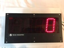 VORNE INDUSTRIES DISPLAY LARGE ELECTRONIC COUNTER 4DIGIT 77/256M-OAC-CT-RST-00-4