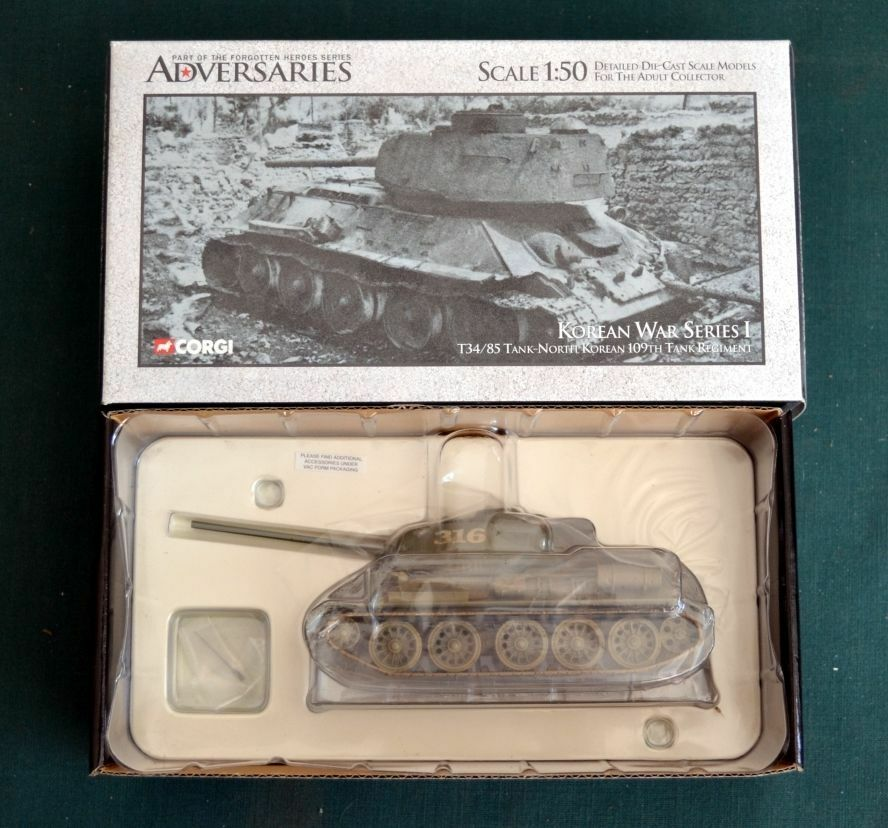 Corgi-US51601 T34-85 TANK-nord-coreen-109th-1 50