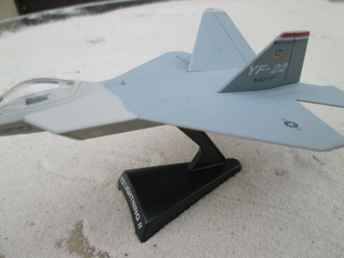 metalmodels// AVION Fighter Planes Jet Fighter Tornado RAF Aircraft yakair