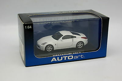 AUTOart 1.64 NISSAN FAIRLADY Z  COUPE  340Z 350Z 370Z NISMO WHITE AWESOME #20283