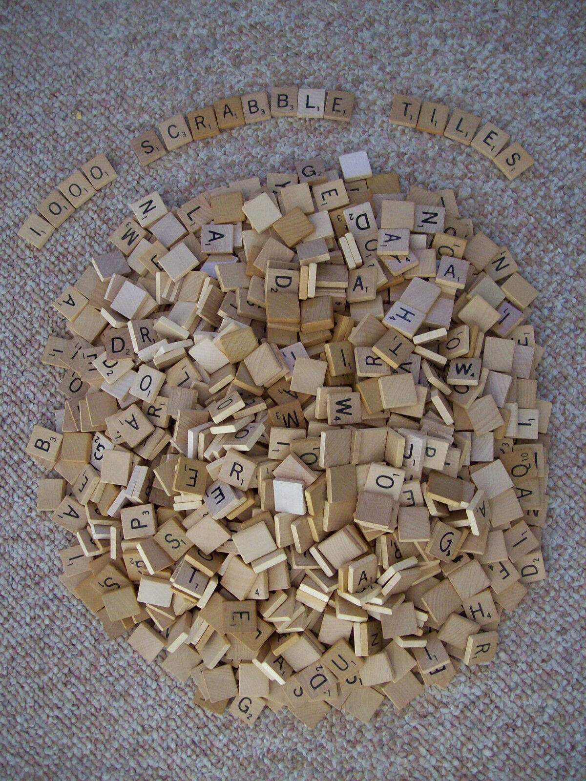 Lot of 1000 Wood Scrabble Game Letter Tiles