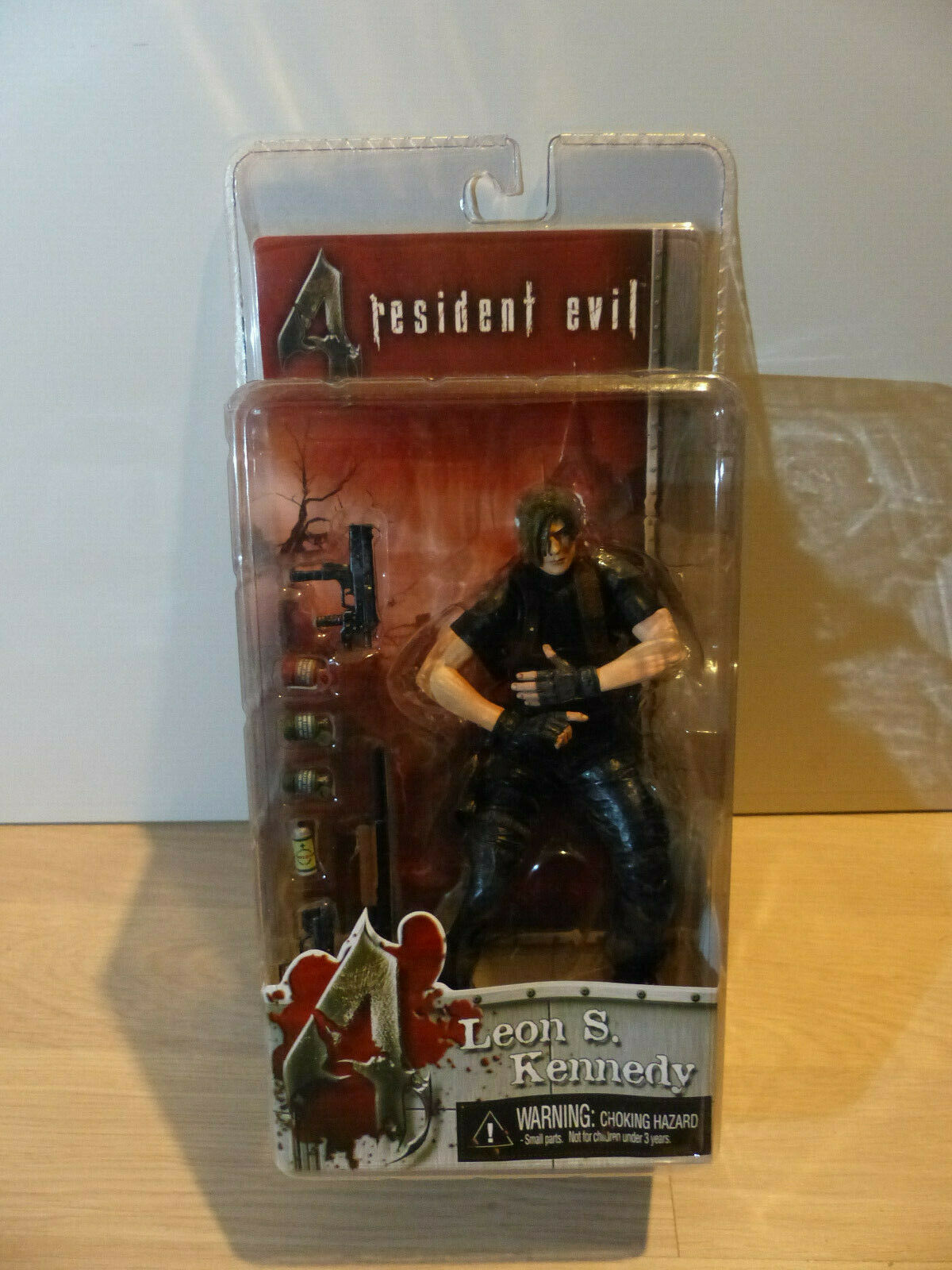 Resident Evil 4 Leon S. Kennedy (No jacket) Neca With Opened Blister RARE