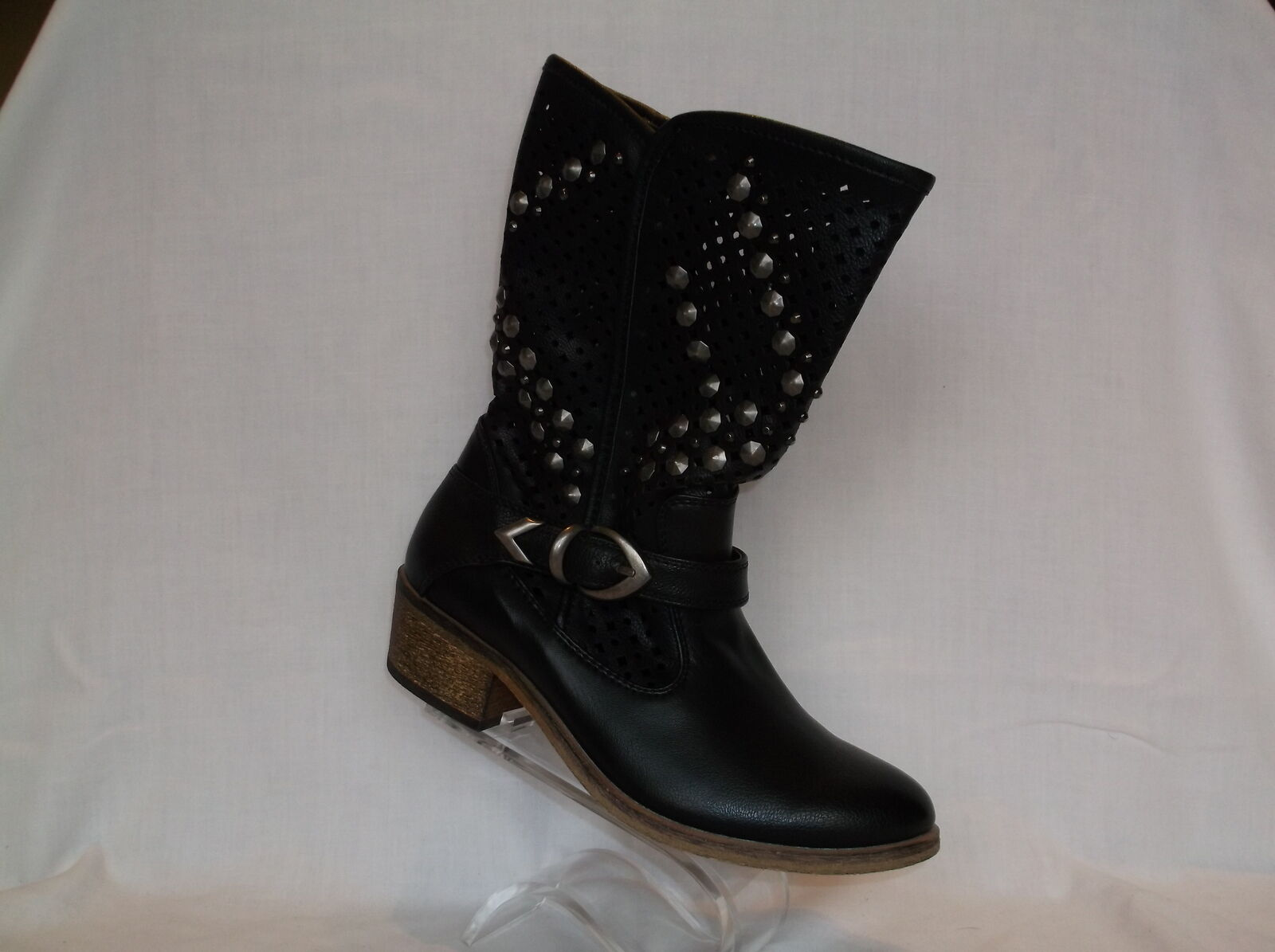 BARE TRAPS BLACK FAUX LEATHER STUDED WESTERN LOOK BOOT NEU IN BOX
