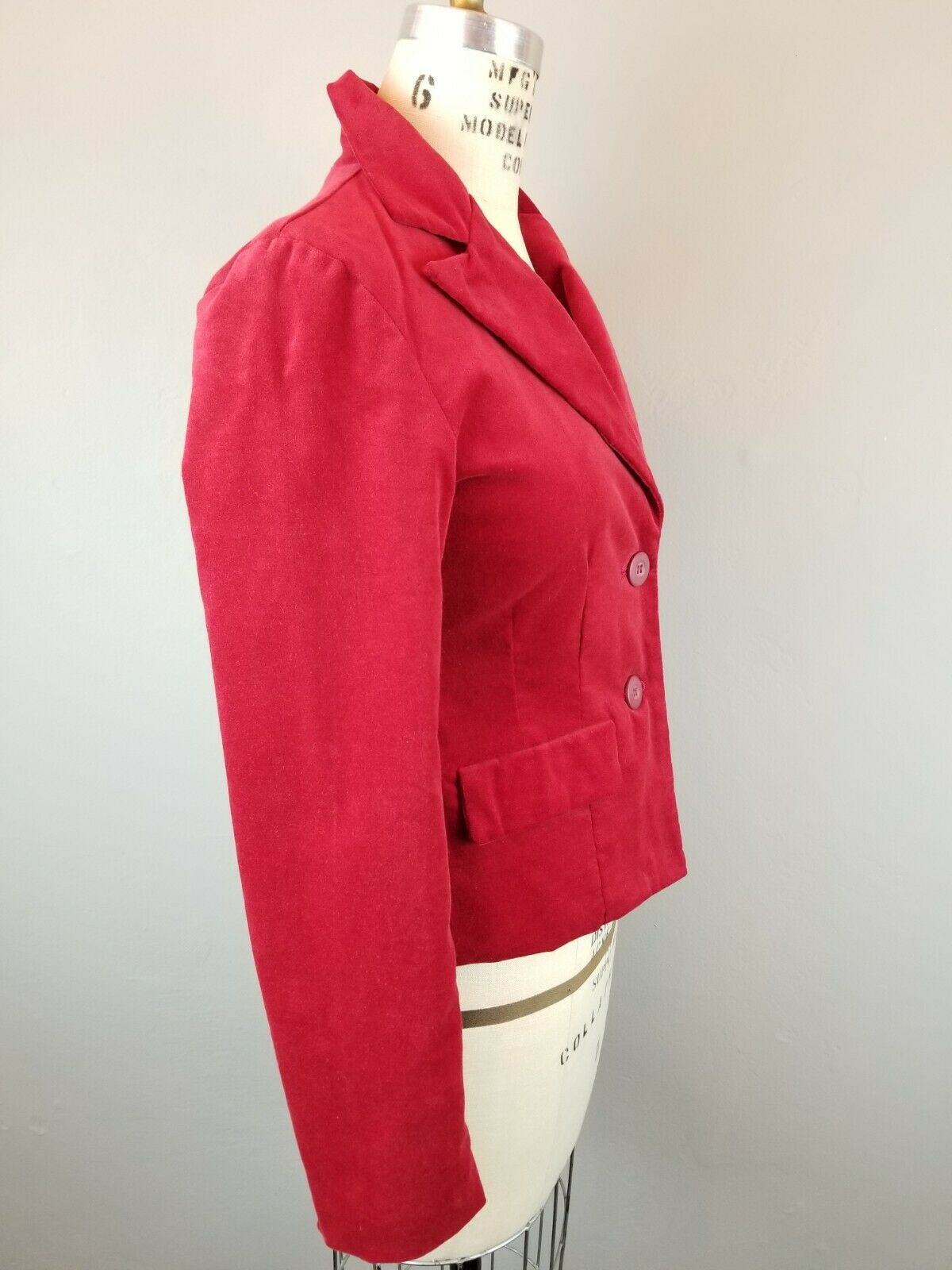Red Velvet Fitted Blazer Womens Size Small  - image 6