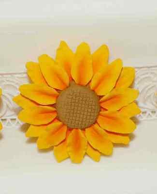 Sugar Sunflower, Medium, Cake Topper, Gum Sugarpaste, Wedding