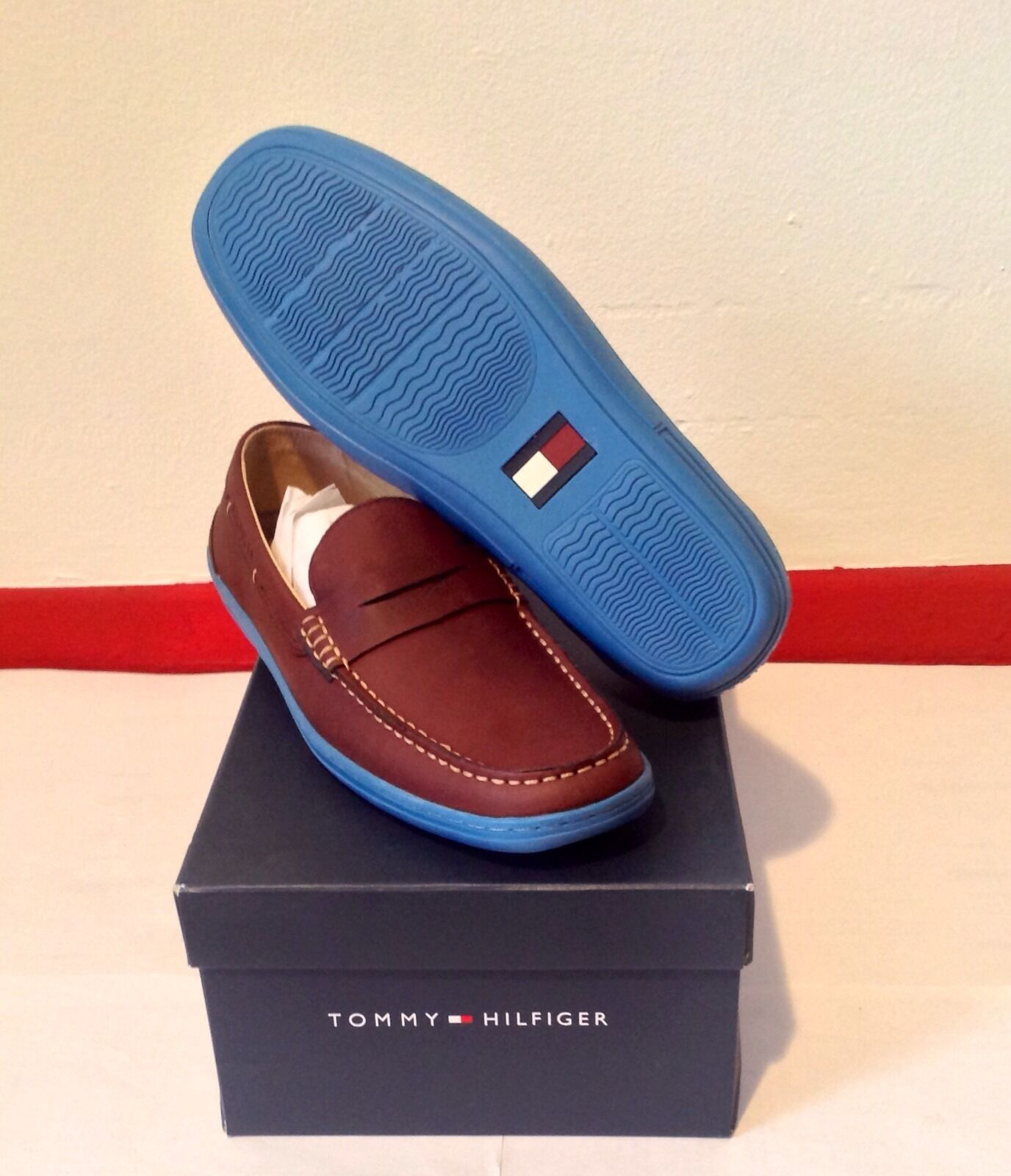 NEW TOMMY HILFIGER VANCE FREE SIZE 8M FREE VANCE SHIPPING bd7899