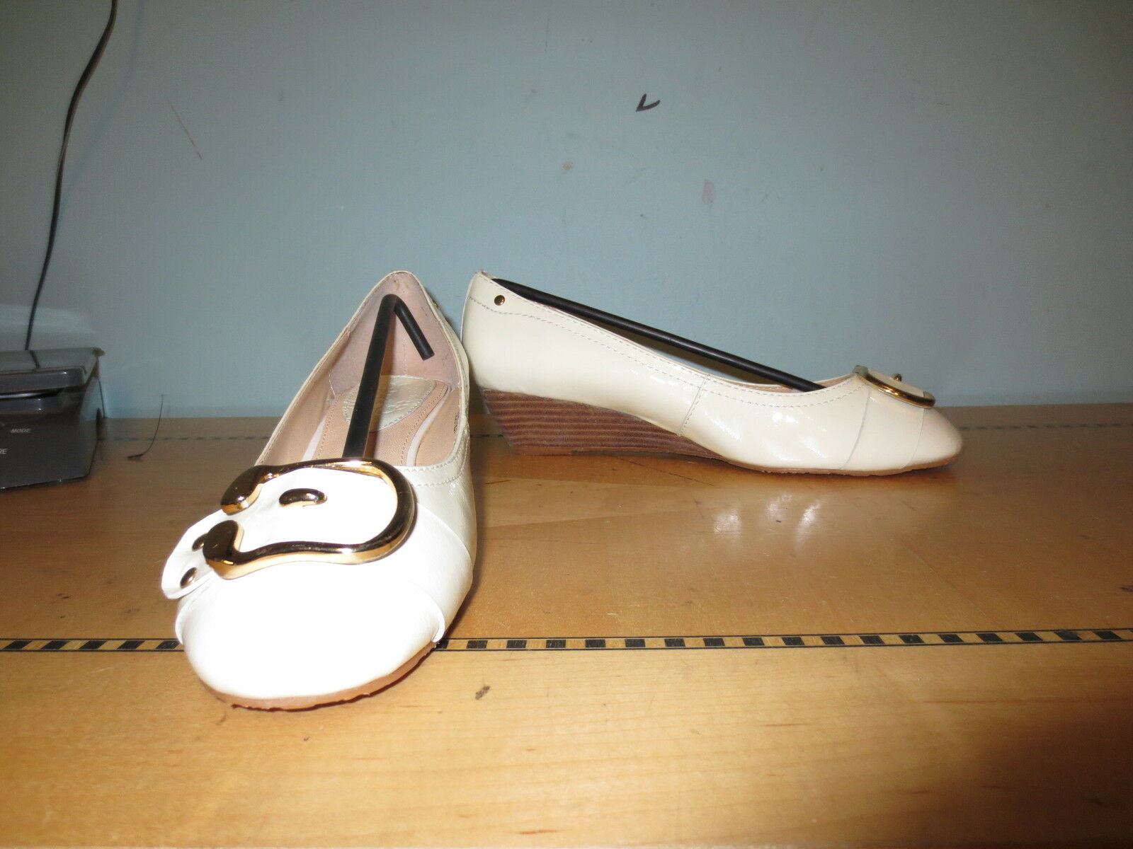 New retro style white patent low wedge shoe buckle toe sz 8.5 Brady 60's