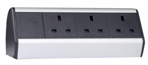 2 m IEC Câble Alimentation Ordinateur de bureau table monté alimentation avec 3 x UK Sockets