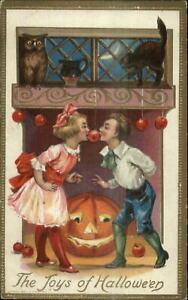 Halloween-Children-Play-Apple-Game-Owl-Cat-JOL-Conwell-248-c1910-Postcard