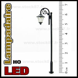 S116-Lampadaire-simple-HO-style-ancien-eclairage-LED-CMS-blanc-chaud