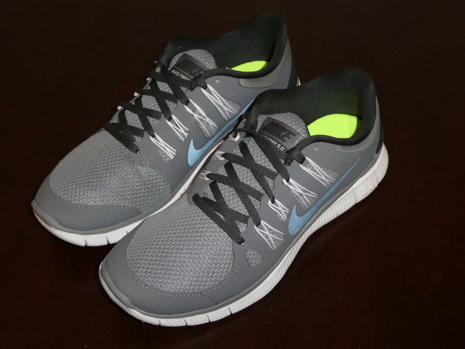 Nike Free 5.0 mens shoes new 579959 001 cool grey sneakes