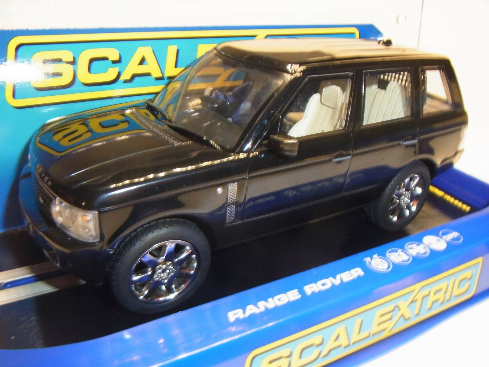 Scalextric Range Rover Nero C2878 Slotcar 1 3 2 Pista per Auto