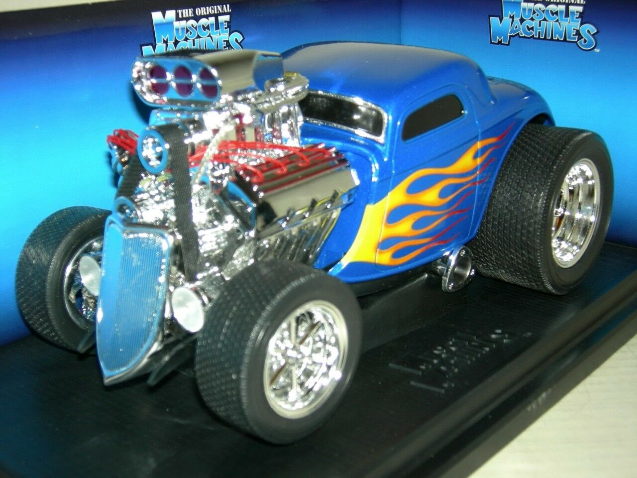 33 FORD COUPE blueE  WITH FLAMES   MUSC.MACH.MIB1 18