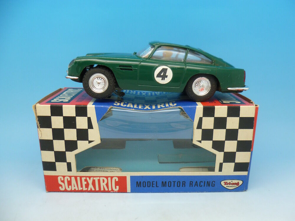 C68 Scalextric Aston Martin DB4 GT with Sunroof Boxed Mint