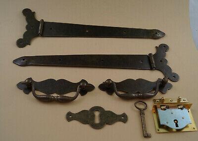 Schlüsselschild und Schloß Truhengriff Set 6 teilig, Truhenband
