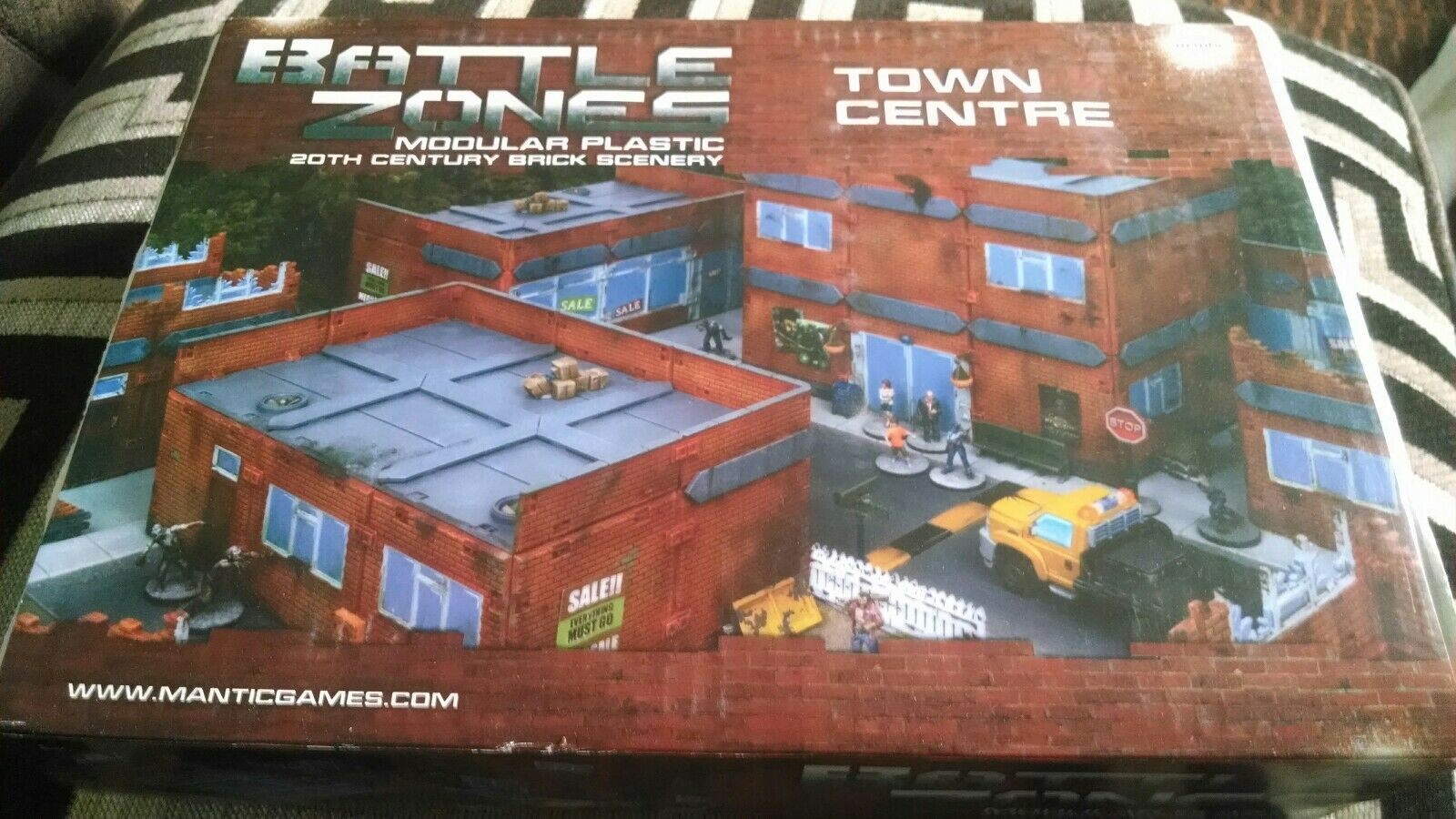 Mantic battle zone town centre wargames scenery