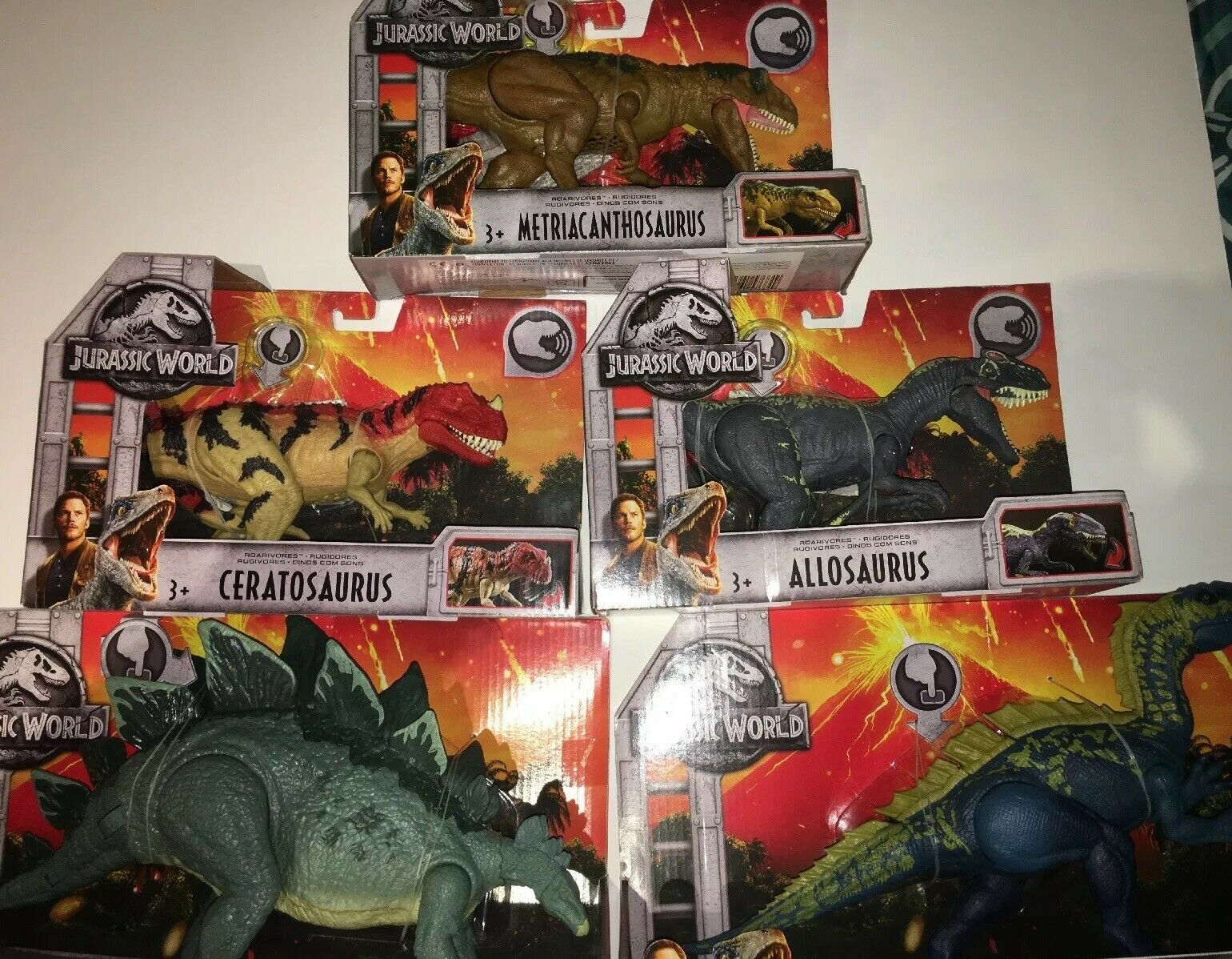 JURRASIC WORLDHuge Lot Of 5Stegosaurus, Suchomimus, Allosaurus, Ceratosaurus &