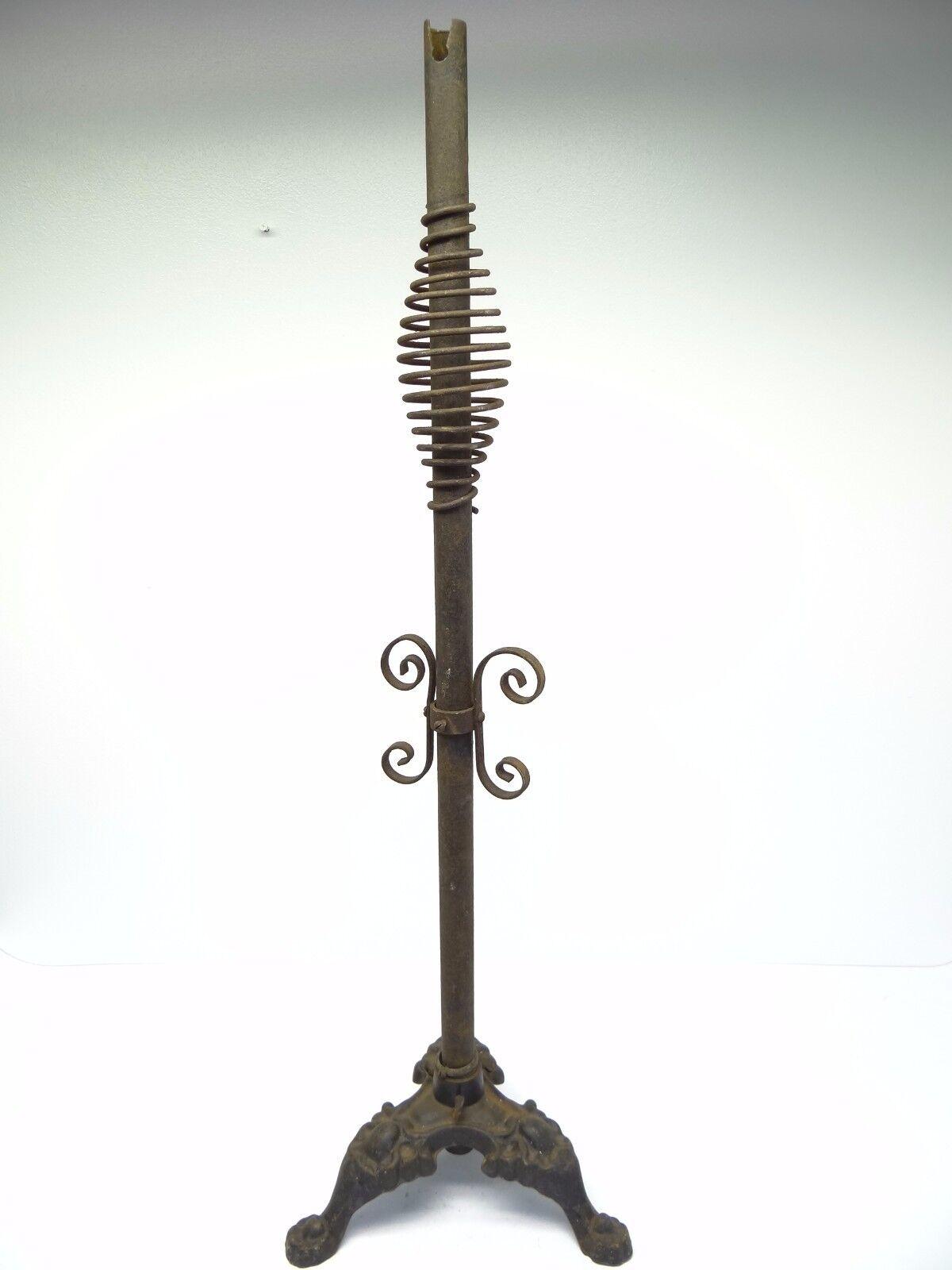 Antique Black Metal Repasser Base sur Pied Griffe Décoratifs Lampe Base Repasser Support Pièce 760404