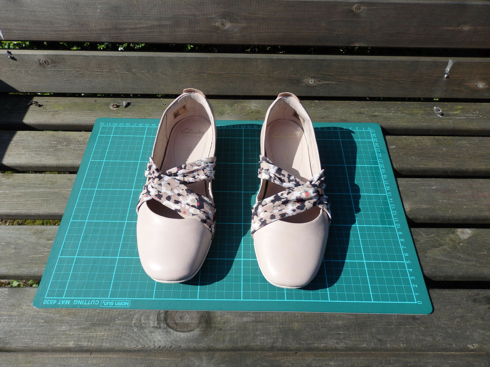 Clark's Tri Accord, Nude Pink Combi, Size 5D or 38