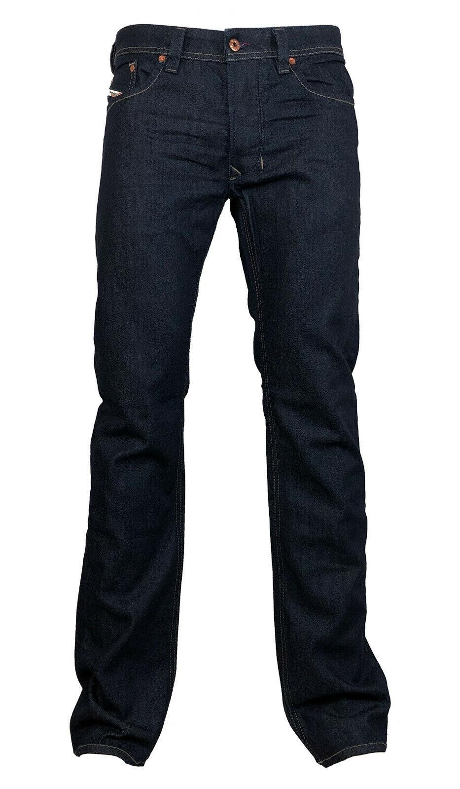 Diesel Straight-Cut Stretch Jeans LARKEE 084HN dunkelblue Gr.  33 30 NEU