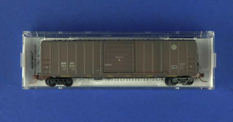 025 54 740 BNSF 727919  50' BOXCAR   MTL  MICRO TRAINS N SCALE FW