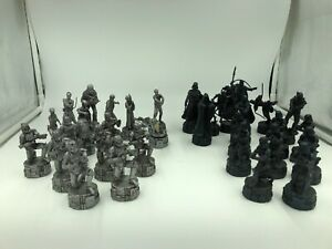 Star-Wars-OT-And-PT-Chess-Pieces