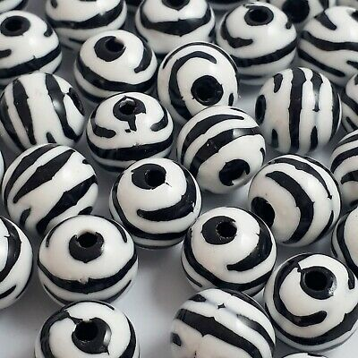 25 ZEBRA BLACK AND WHITE STRIPED ROUND BEADS 11MM FAST FREE SHIPPING